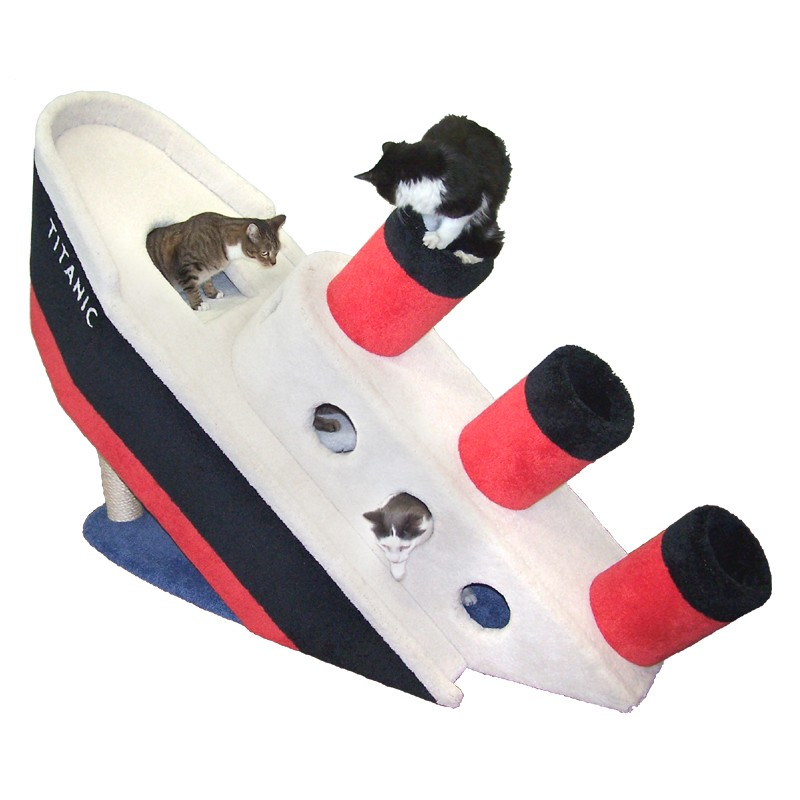 kein aprilscherz die sinkende titanic als kletterbaum interessantes f r. Black Bedroom Furniture Sets. Home Design Ideas