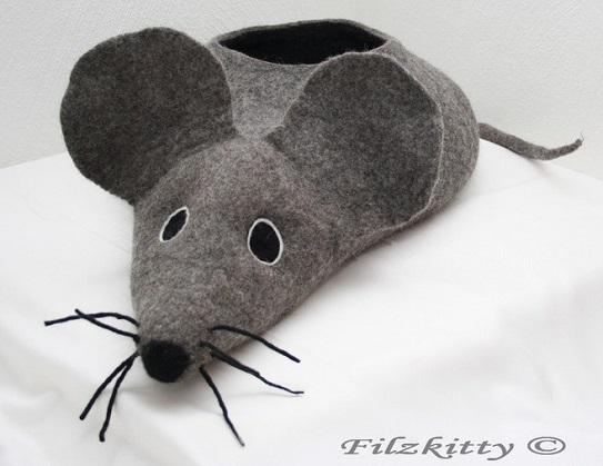 Katzenhoehle Maus