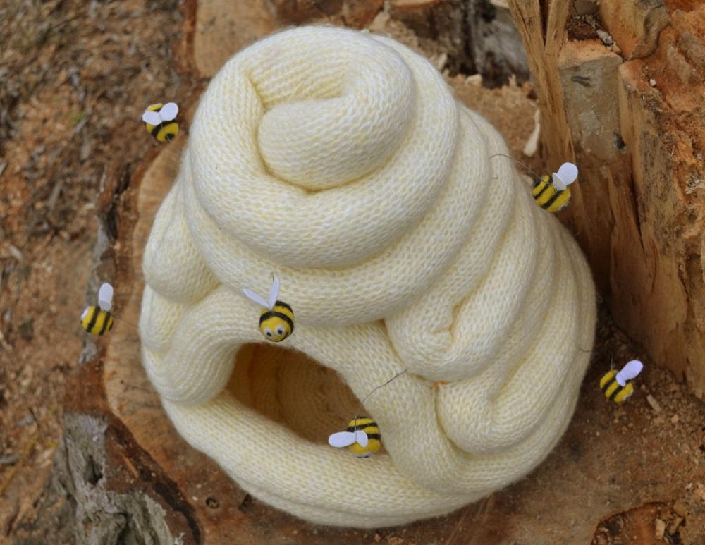 Bienenstock Katzenhoehle