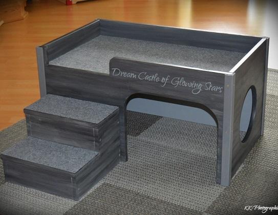 ein hochbett f r die katze interessantes f r katzenfreunde. Black Bedroom Furniture Sets. Home Design Ideas