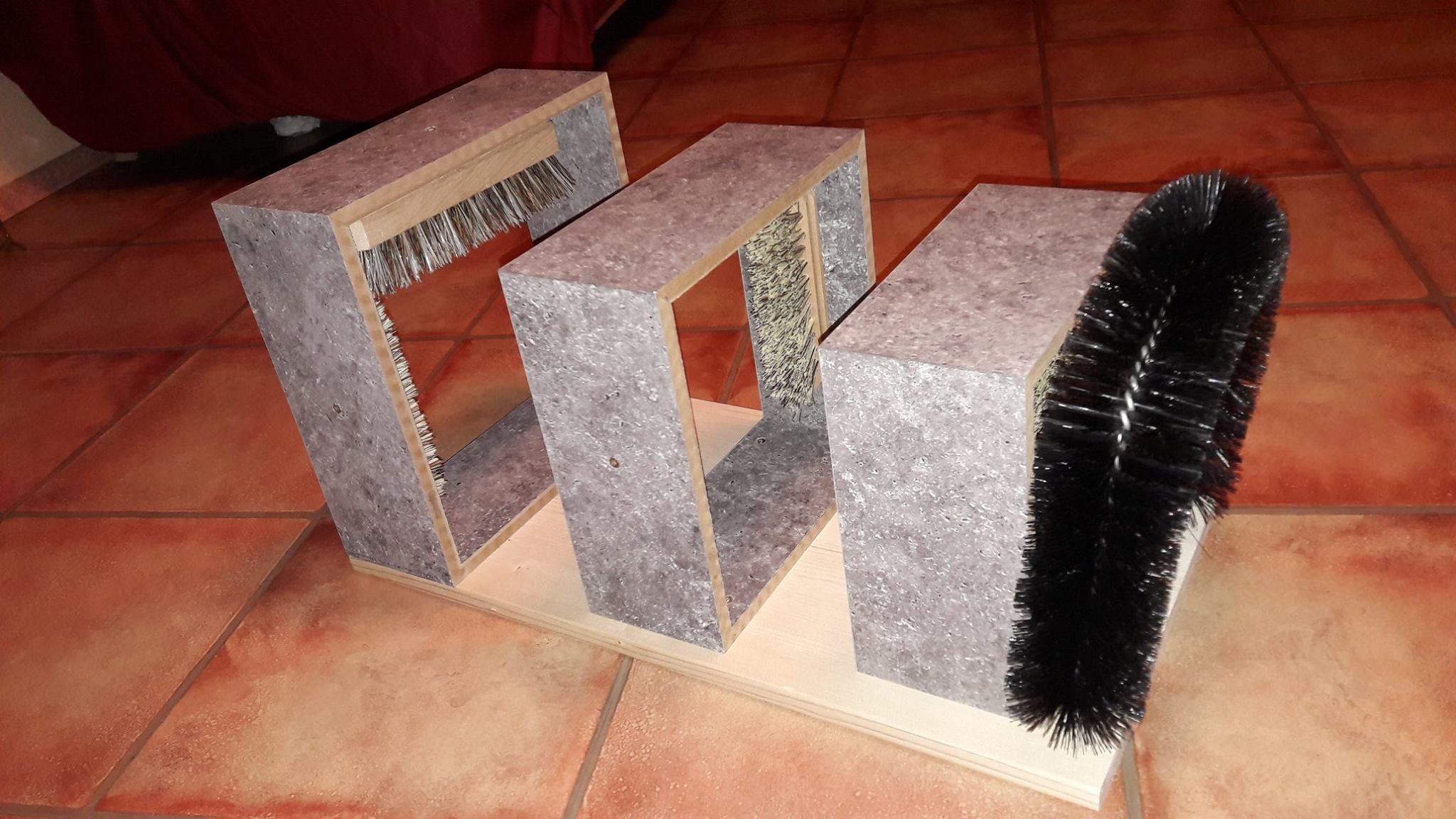neu katzenspielzeug selbst bauen tierspielzeug. Black Bedroom Furniture Sets. Home Design Ideas