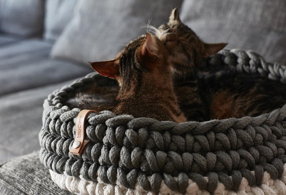 gehaekeltes Katzenbett