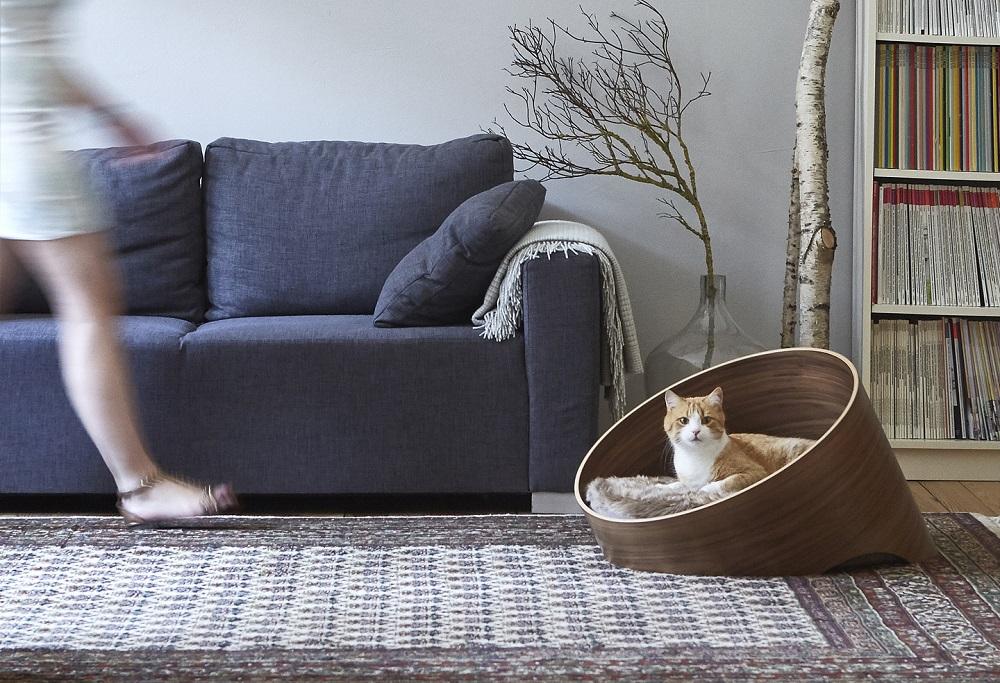 Katzenbett groß Nussholz