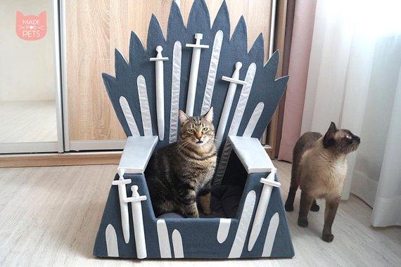 Eiserner Throne Katzenkorb