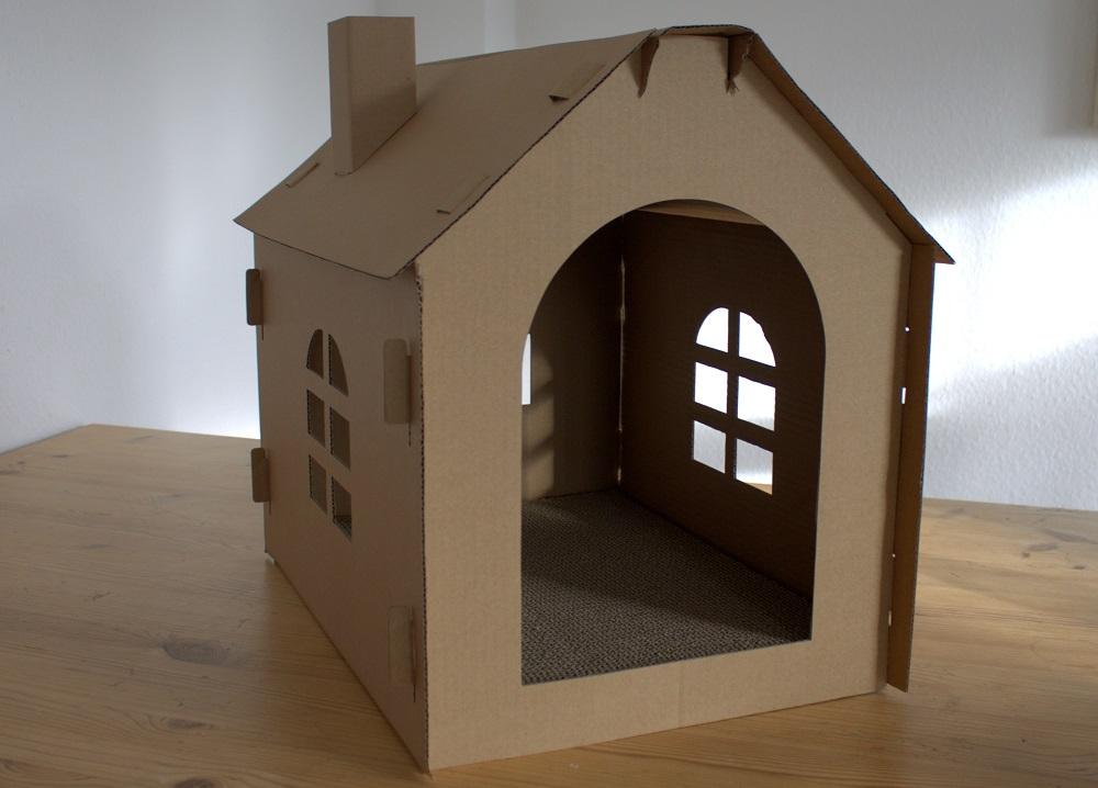 Katzenhaus Pappe