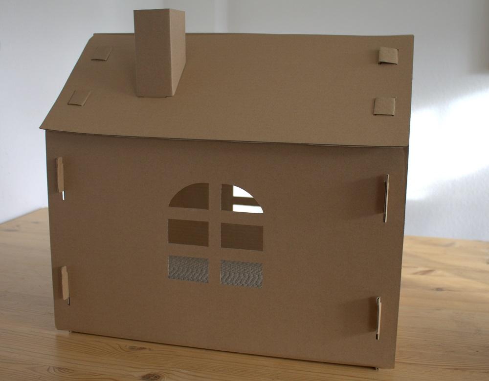 Katzenhoehle Karton