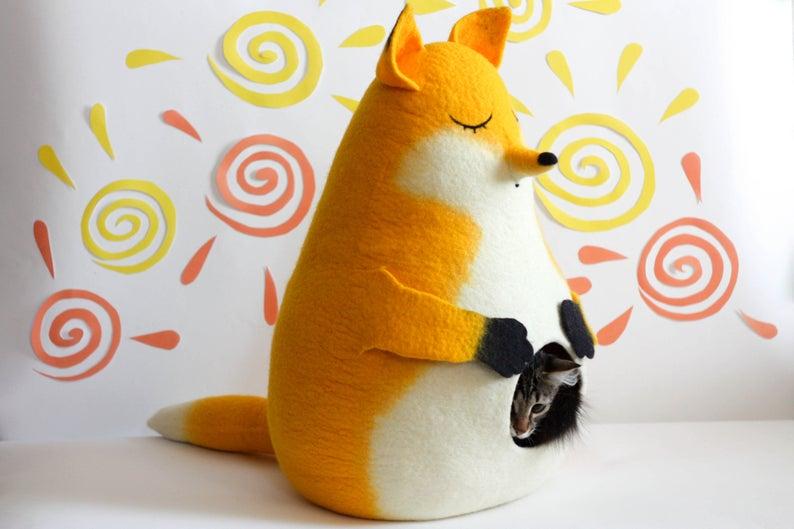 Katzenhoehle Fuchs gefilzt