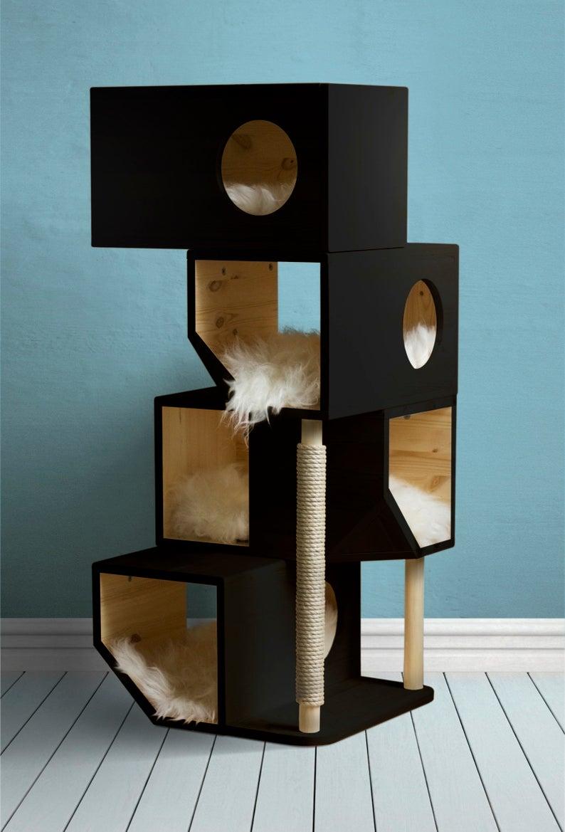 Katzenkratzbaum schwarz Holz